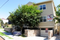 1352 W. 29th St CA,90007