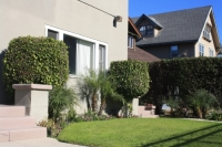 1153-1157 1/2 W. 37th St CA,90007