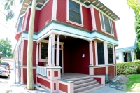 1222 West 23rd St. CA,90007