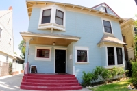 1021 W 24th St CA,90007