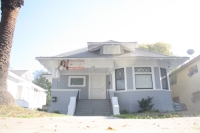 1220 W 30th St CA,90007
